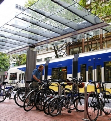 Public Transit Has Many Benefits, Here is Six