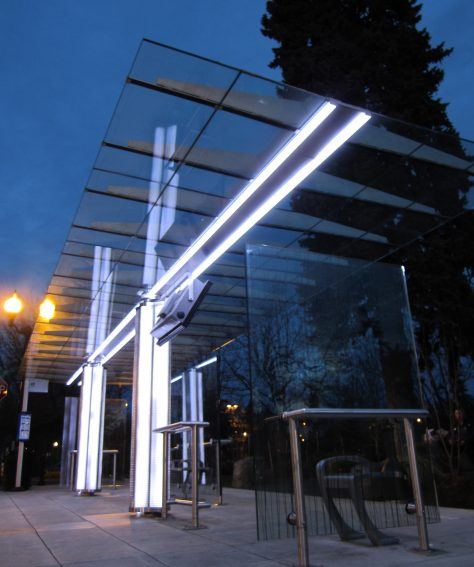 Custom LED High Capacity Bus Shelter